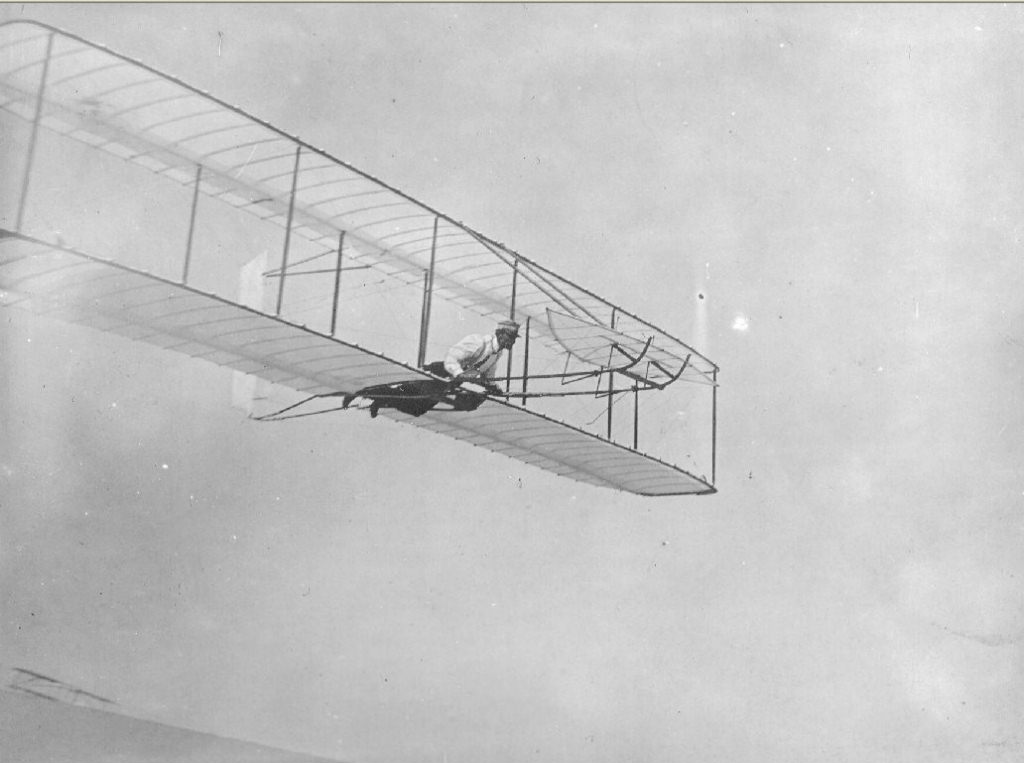 the wright brothers pioneers of a manned aircraft Category: history title: wright brothers history if the brothers were to make strives in manned brothers in aviation history, wilbur wright.